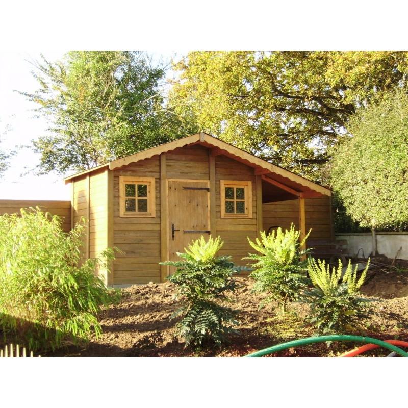 Abri De Jardin En Beton – Dikke Houten Balken intérieur Abri De Jardin Avec Bucher
