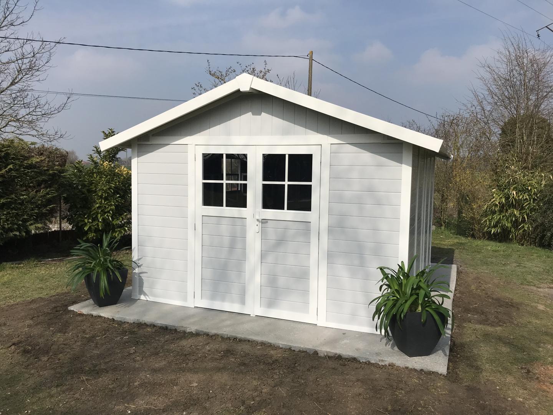 Abri De Jardin En Pvc 11,2M² Deco Gris Clair Et Blanc intérieur Abri De Jardin Grosfillex