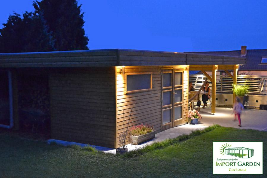 Abri De Jardin Toit Plat Au Design Contemporain | Concept Abri concernant Abri De Jardin Design