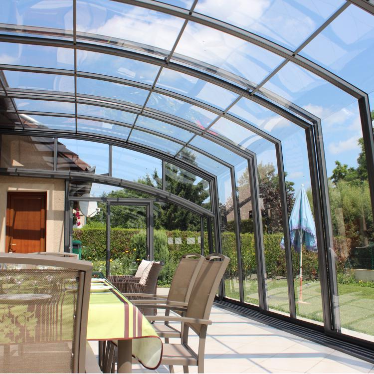 Abri De Terrasse Rétractable Topaz En Forme De Véranda Et dedans Abri De Terrasse Retractable