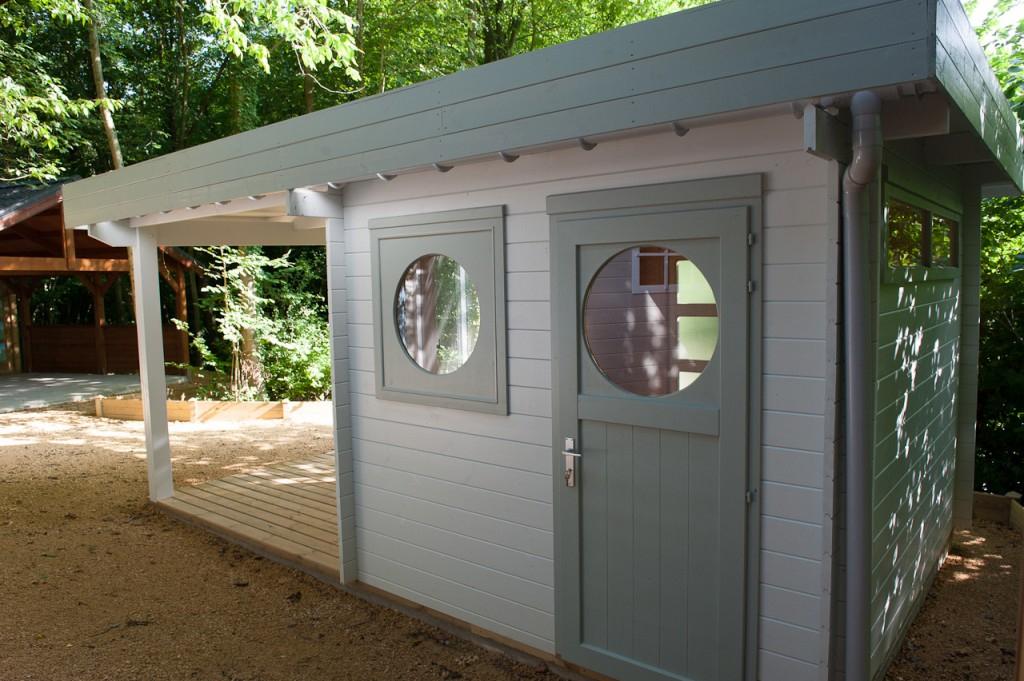 Abris Jardin Toit Plat Moderne Chalets Bois Qualité Sur concernant Abri De Jardin Toit Plat 20M2