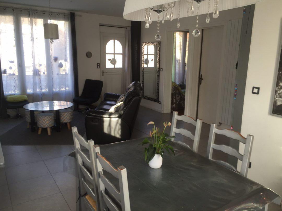 Amenagement Salon Salle Manger En Longueur – Gamboahinestrosa avec