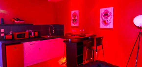 Appartement Ambiance Love Avec Jacuzzi Privatif, Marseille avec Chambre Avec Jacuzzi Privatif Marseille