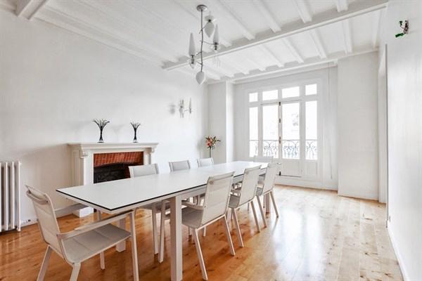 Appartement De Luxe De 4 Chambres Sur 260 M2 Avec Balcon À avec Location Appartement Luxe Paris Courte Durée