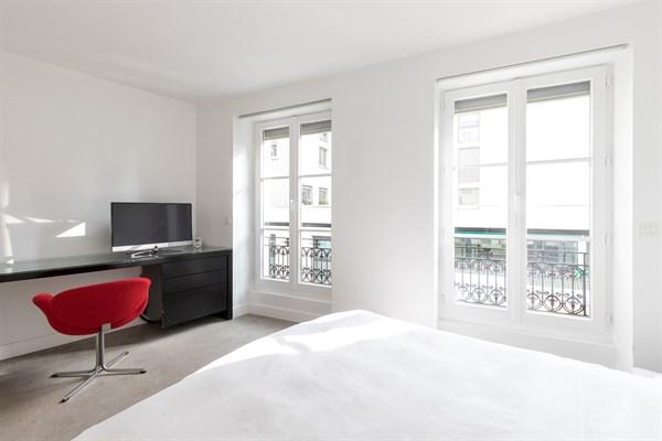 Appartement De Prestige De 2 Chambres Au Coeur Du Marais serapportantà Location Appartement Luxe Paris Courte Durée