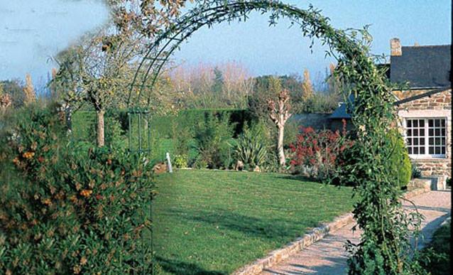 Arceau Treillage encequiconcerne Arceau Jardin