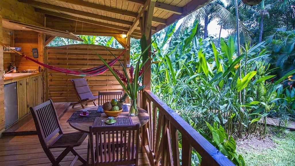 Au Jardin Des Colibris   Deshaies, Guadeloupe   Bon Travel serapportantà Au Jardin Des Colibris