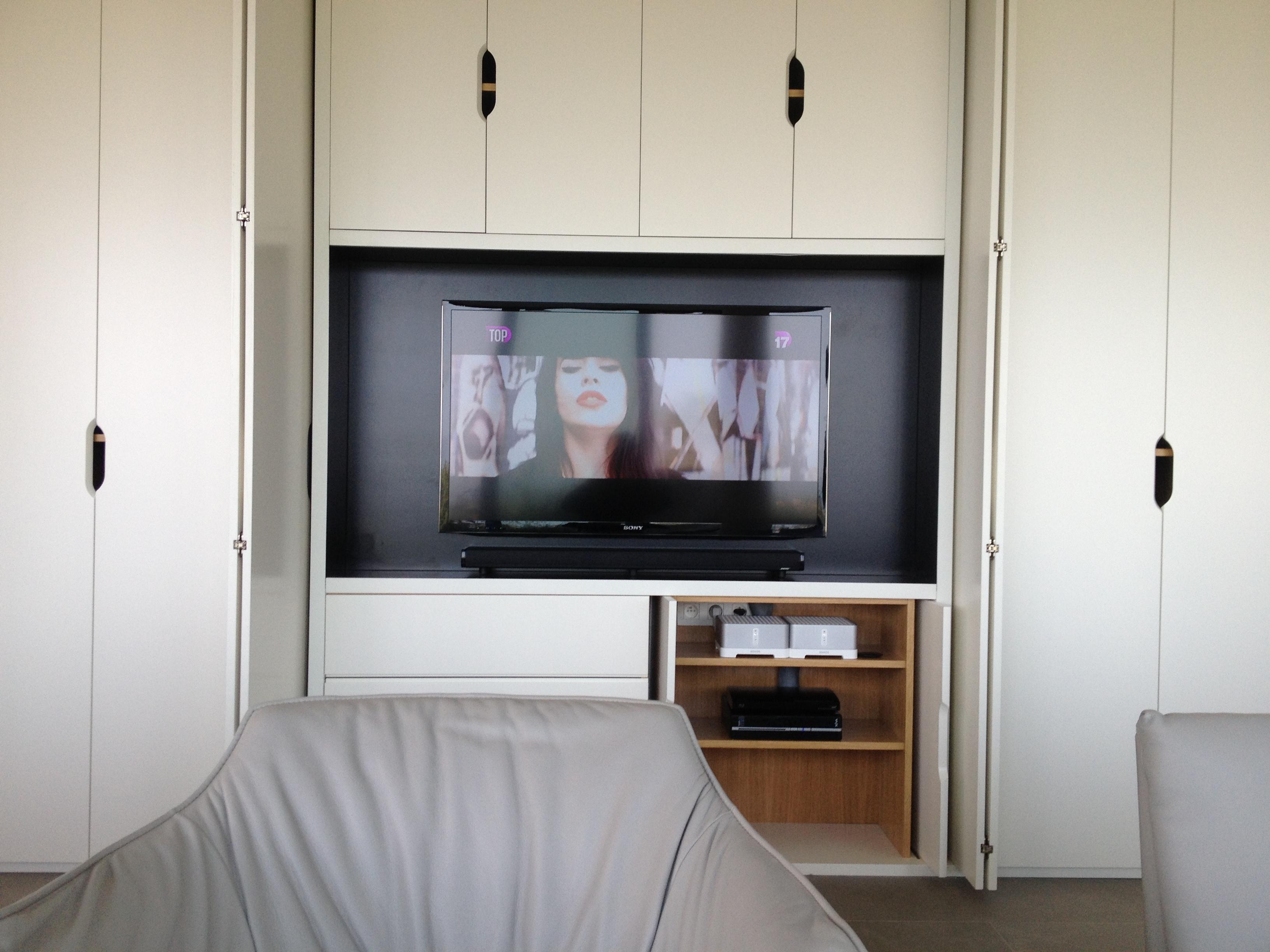 Barre De Son Bose Et Caisson De Grave Encastré - Coudert serapportantà Meuble Tv Sono