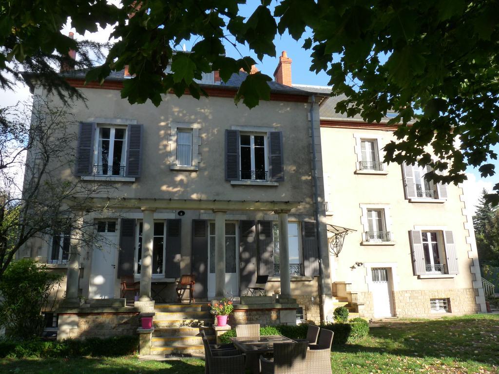 Bed And Breakfast Côté Parc-Côté Jardin, Nevers, France destiné Chambre D Hote Langogne