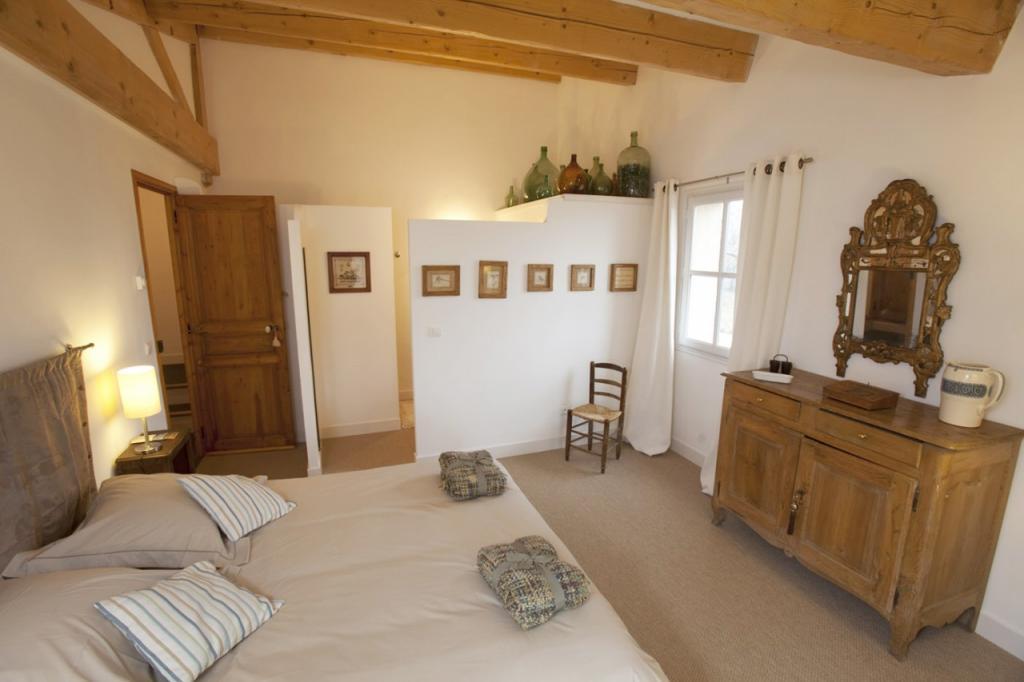 Bellone En Provence : Chambres D'Hôtes À Brue Auriac à Chambre D Hote Guérande