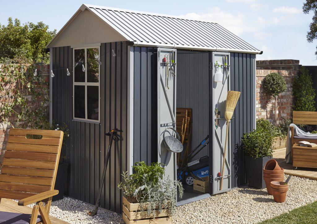 Bien Choisir Et Poser L'Abri De Jardin Qui Nous Convient intérieur Castorama Cabane De Jardin
