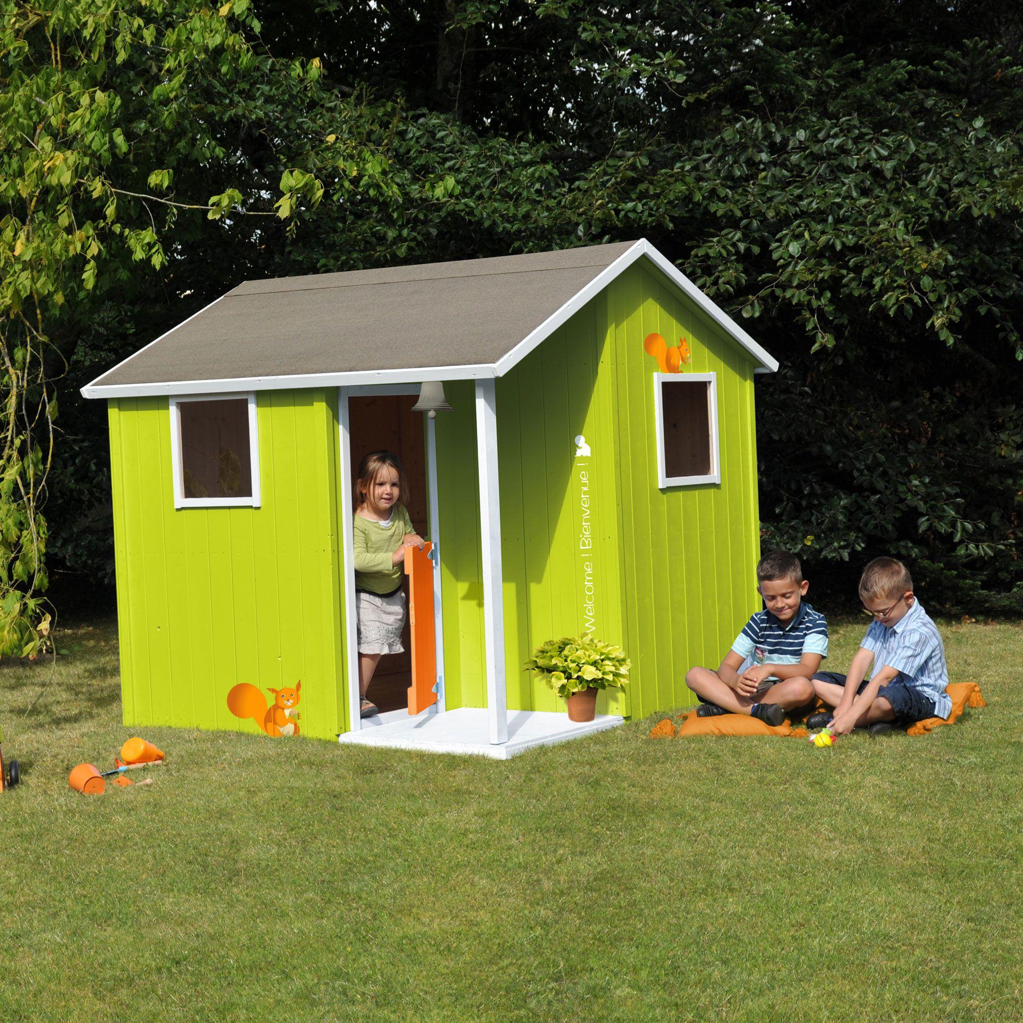 Cabane Maisonnette Enfant En Bois De Sapin Avec Terrasse encequiconcerne Maison De Jardin Enfant