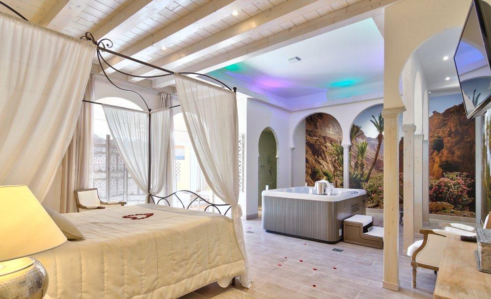 Chambre D Hotel Avec Jacuzzi Privatif 77 - Cosmeticuprise pour Hotel Avec Jacuzzi Dans La Chambre Paca