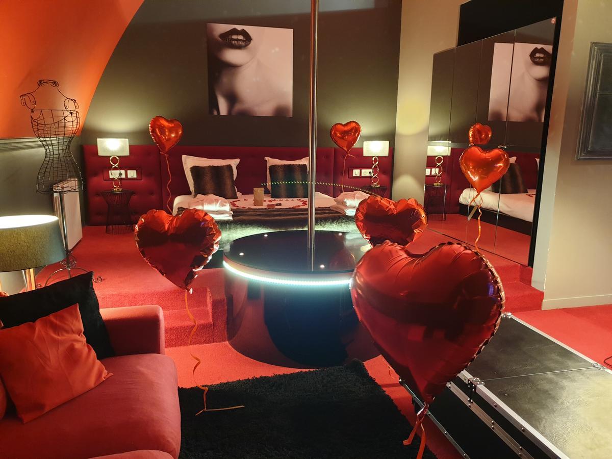 Chambre D'Hotel Avec Jacuzzi Privatif | La Parenthèse Envoutée serapportantà Chambre D Hotel Avec Jacuzzi Privé