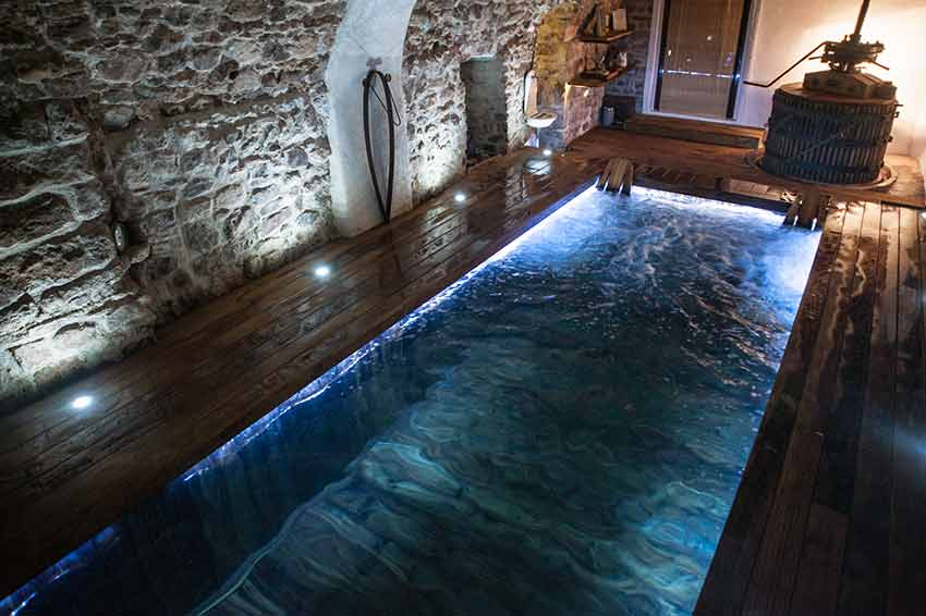 Chambre D'Hôtes Avec Piscine Interieure Jacuzzi Var Provence destiné Chambre Avec Jacuzzi Privatif Var