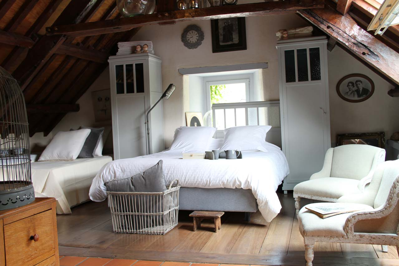 Chambre D'Hôtes L'Horloge | La Maison Des Lamour, Bretagne intérieur Chambre D Hotes Maintenon
