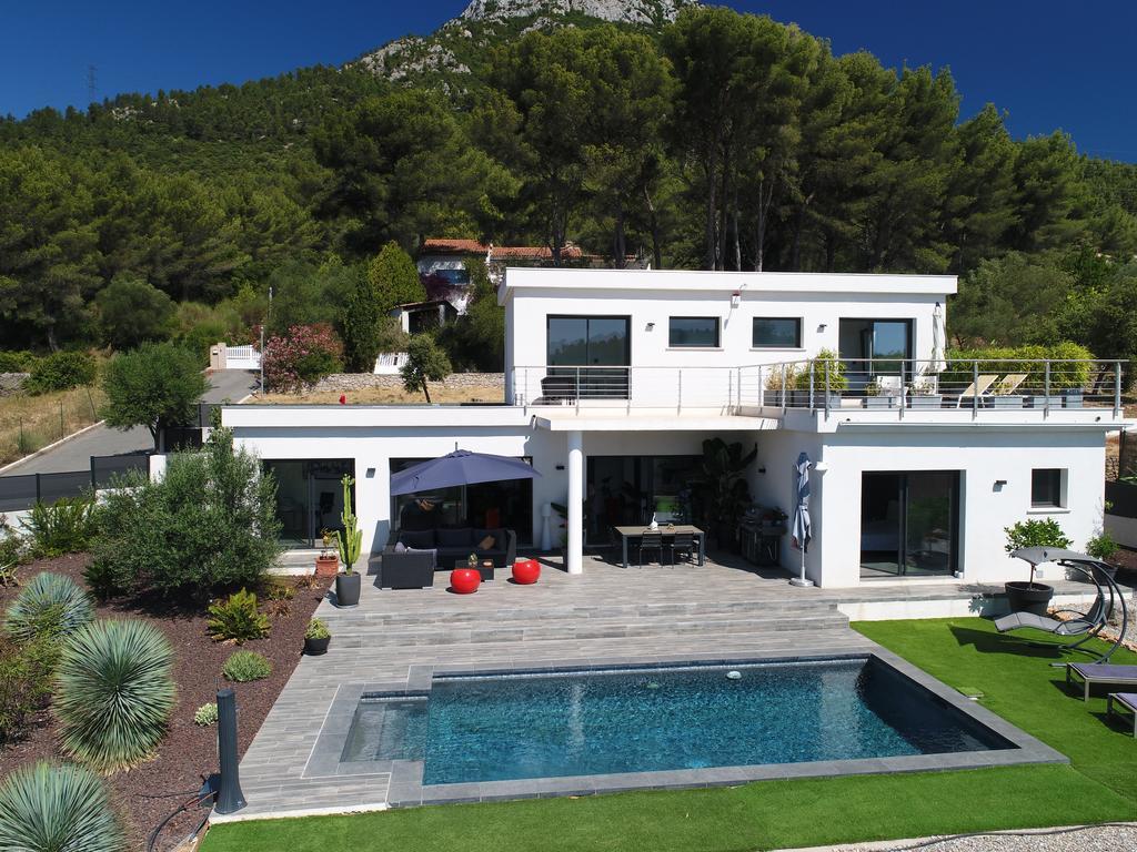 Chambre D'Hôtes Villa Moderne, Chambre D'Hôtes La Valette à Chambres D4Hotes