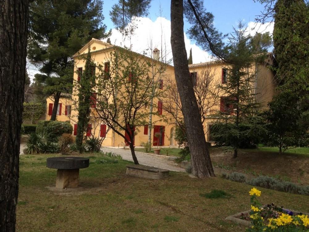 Chambre D'Hôtes Villa Roumanille À Aix-En-Provence pour Chambre D Hotes Aix En Provence