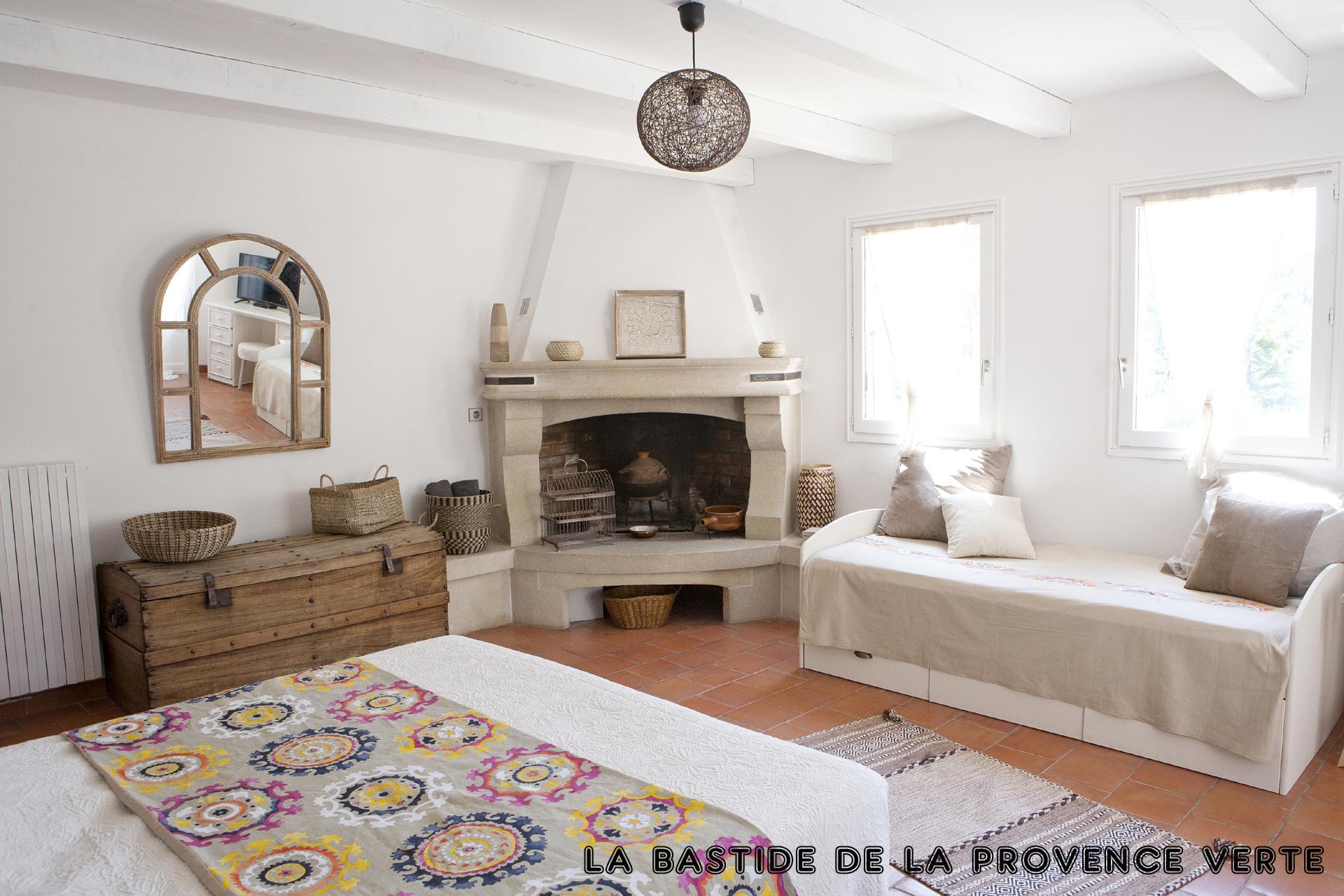 Chambre Romantique - Chambre D'Hôtes De Charme En Provence serapportantà Rentabilité Chambre D Hote