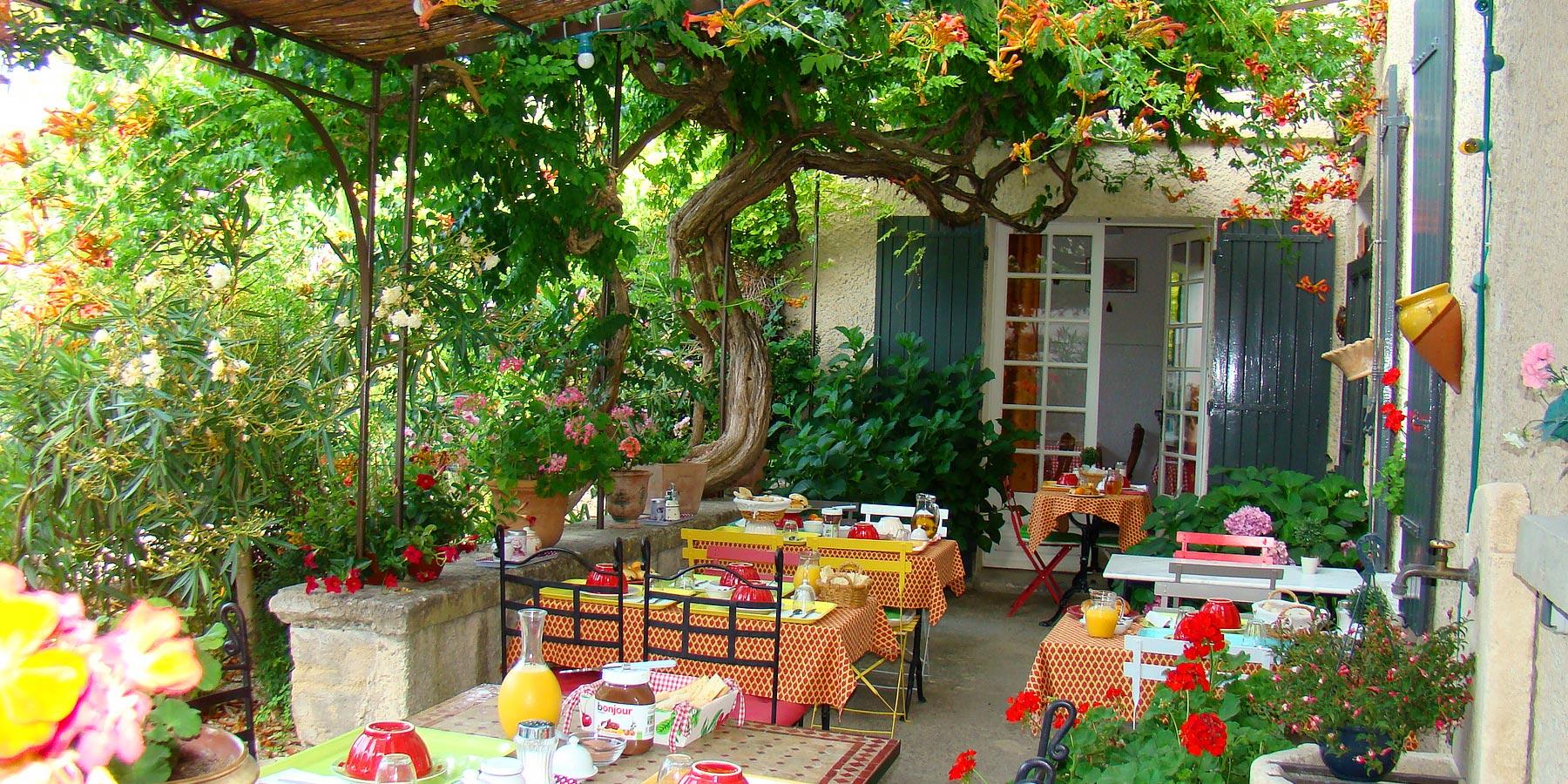 Chambres D'Hôtes Et Gîte À Venasque En Provence - Vaucluse avec Chambre D Hote Fecamp