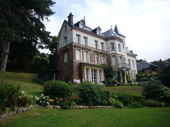 Chambres D'Hotes Les Charmettes - Updated 2020 Prices concernant Chambre D Hote Lorient