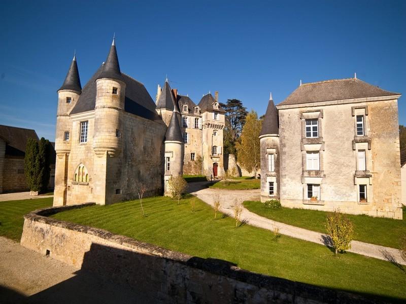 Château De La Celle-Guenand Chambres D'Hôtes À La Celle destiné Chambre D Hote Guedelon
