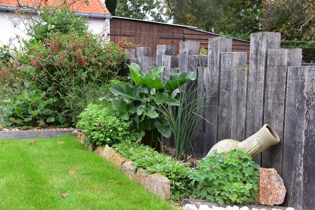 Création Jardins - Paysagiste À Villeneuve-En-Retz, Jardivert destiné Delimitation Jardin