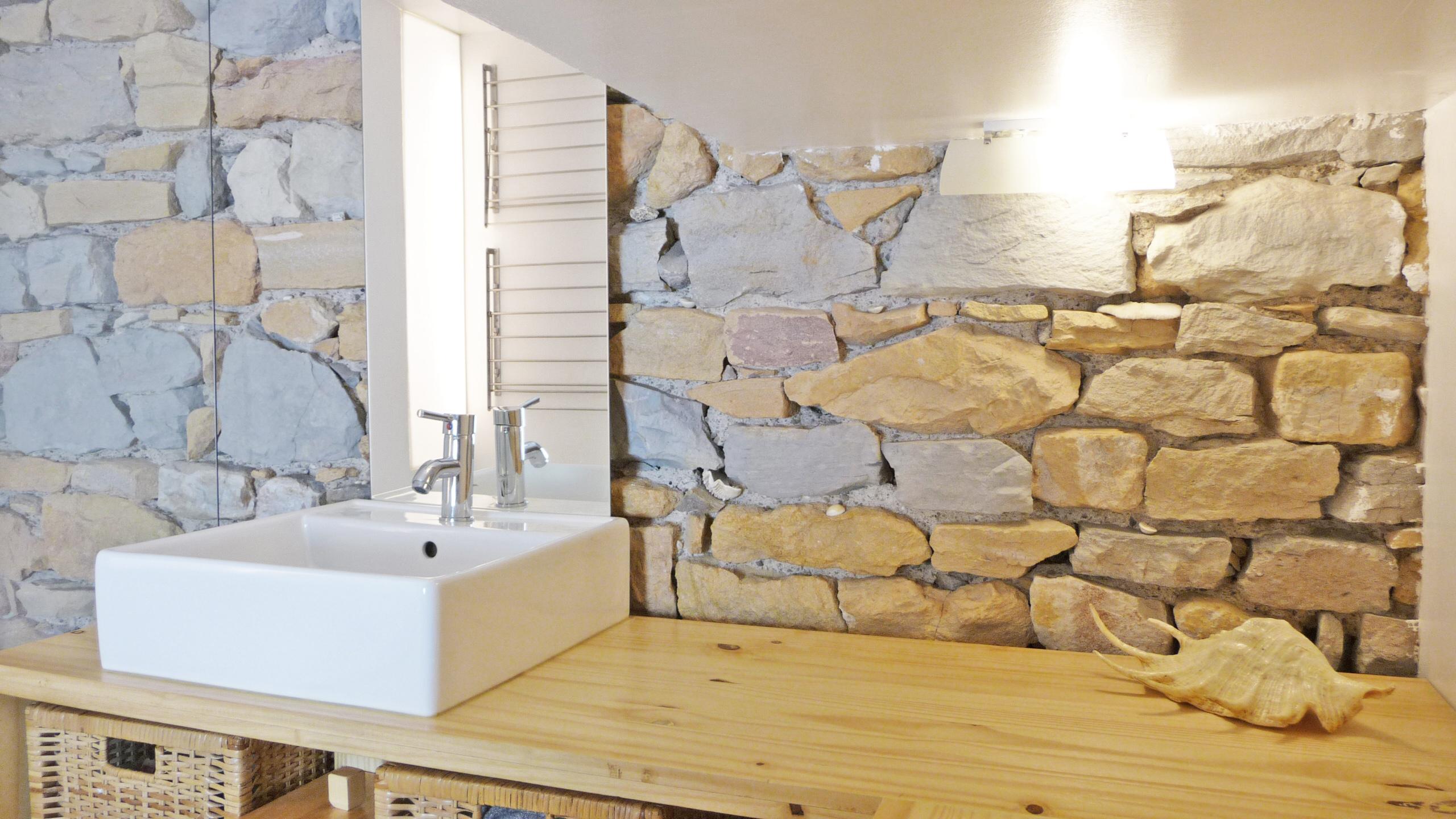 Créer Une Salle De Bains Optimale Sous Une Mezzanine ! - L destiné Créer Sa Salle De Bain