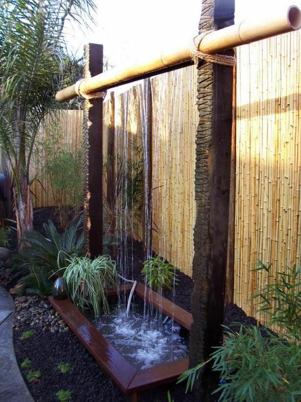 Décoration De Jardin Avec Une Fontaine Pour Bassin concernant Déco Jardin Bambou