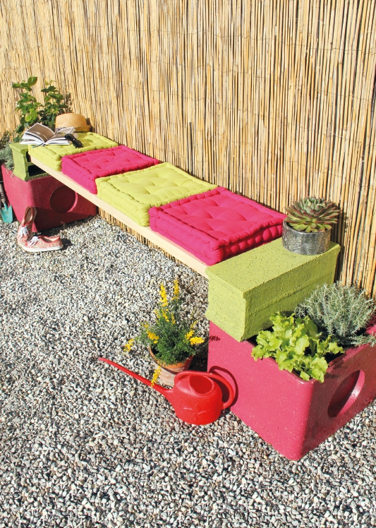 Diy - Une Banquette Jardinière Pour Le Jardin - Tête D'Ange concernant Banc De Jardin Leroy Merlin