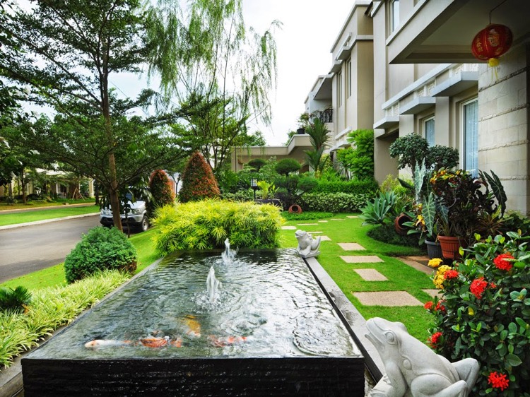 Étang De Jardin Moderne Pour Héberger Les Poissons Et destiné Jardin Moderne
