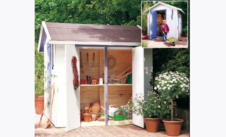 Fabriquer Un Abri De Jardin Avec De Nombreux Rangements concernant Faire Un Abri De Jardin