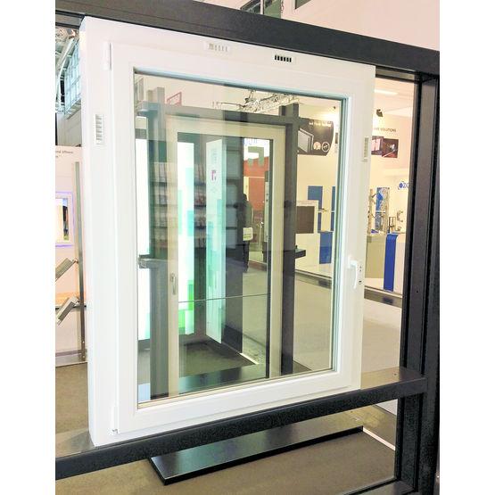 Fenêtre À Échangeur De Chaleur Pour Ventilation Intégré Au intérieur Vmc Salle De Bain Avec Fenetre