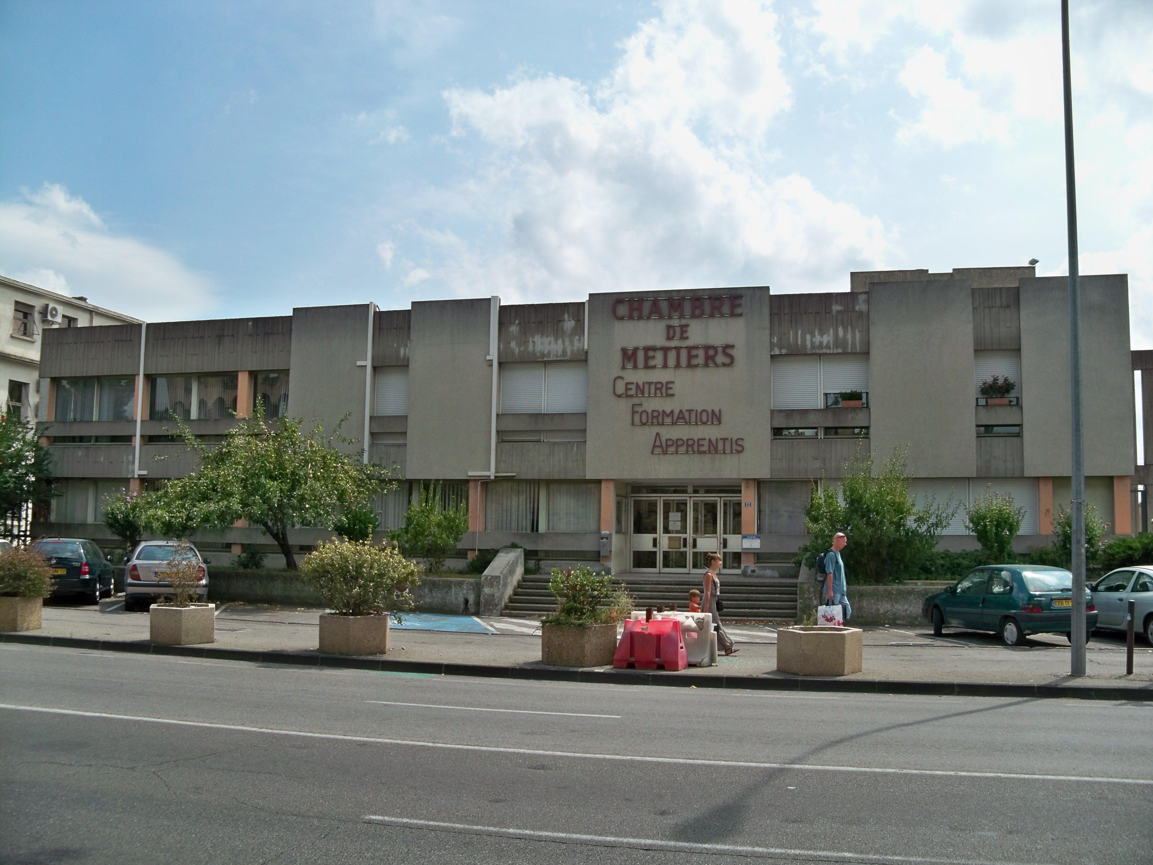 File:avignon - Formation Chambre Métiers - Wikimedia destiné Chambre Des Metiers Blois