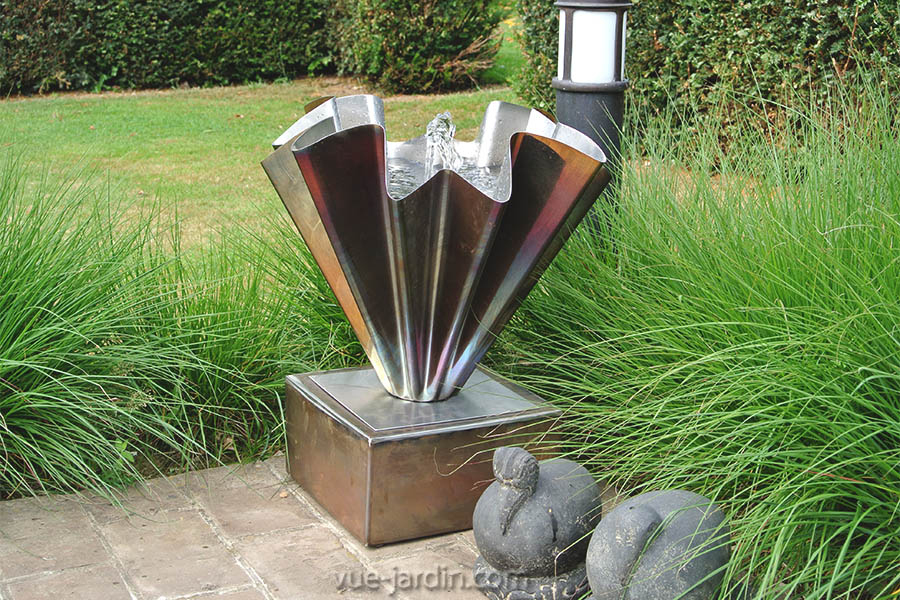 Fontaine D'Extérieur Autonome En Inox Ave Small. Vente Sur tout Vente Privée Jardin