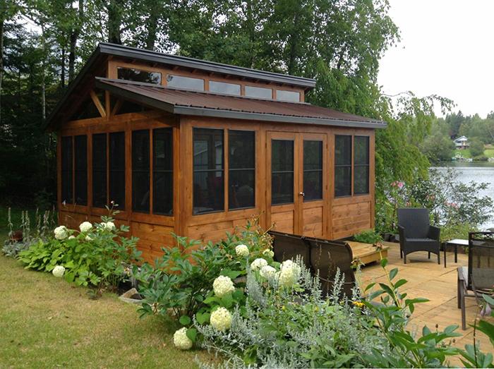 Gazebo Verrio : Plusieurs Modèles – Standards Ou Sur Mesure intérieur Pavillon De Jardin 4 Saisons