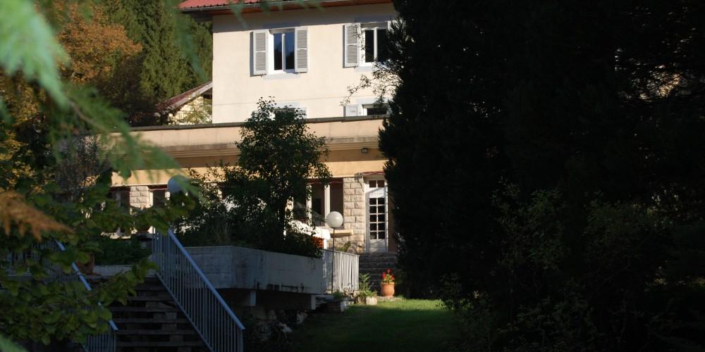 Gîte Joly Saint-Sauveur Jura – Gîte Et Chambres D'Hôtes À concernant Chambre D Hotes Saint Claude Jura