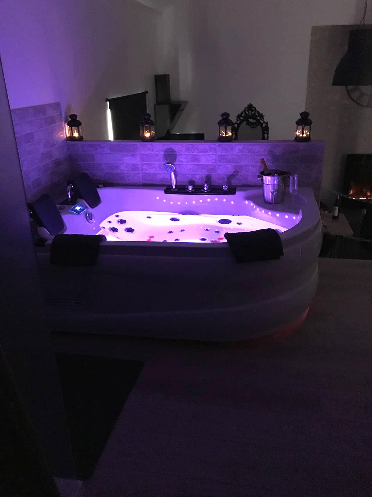 Hotel Avec Jacuzzi Dans La Chambre Nice Inspirational concernant Hotel Avec Jacuzzi Dans La Chambre Paca