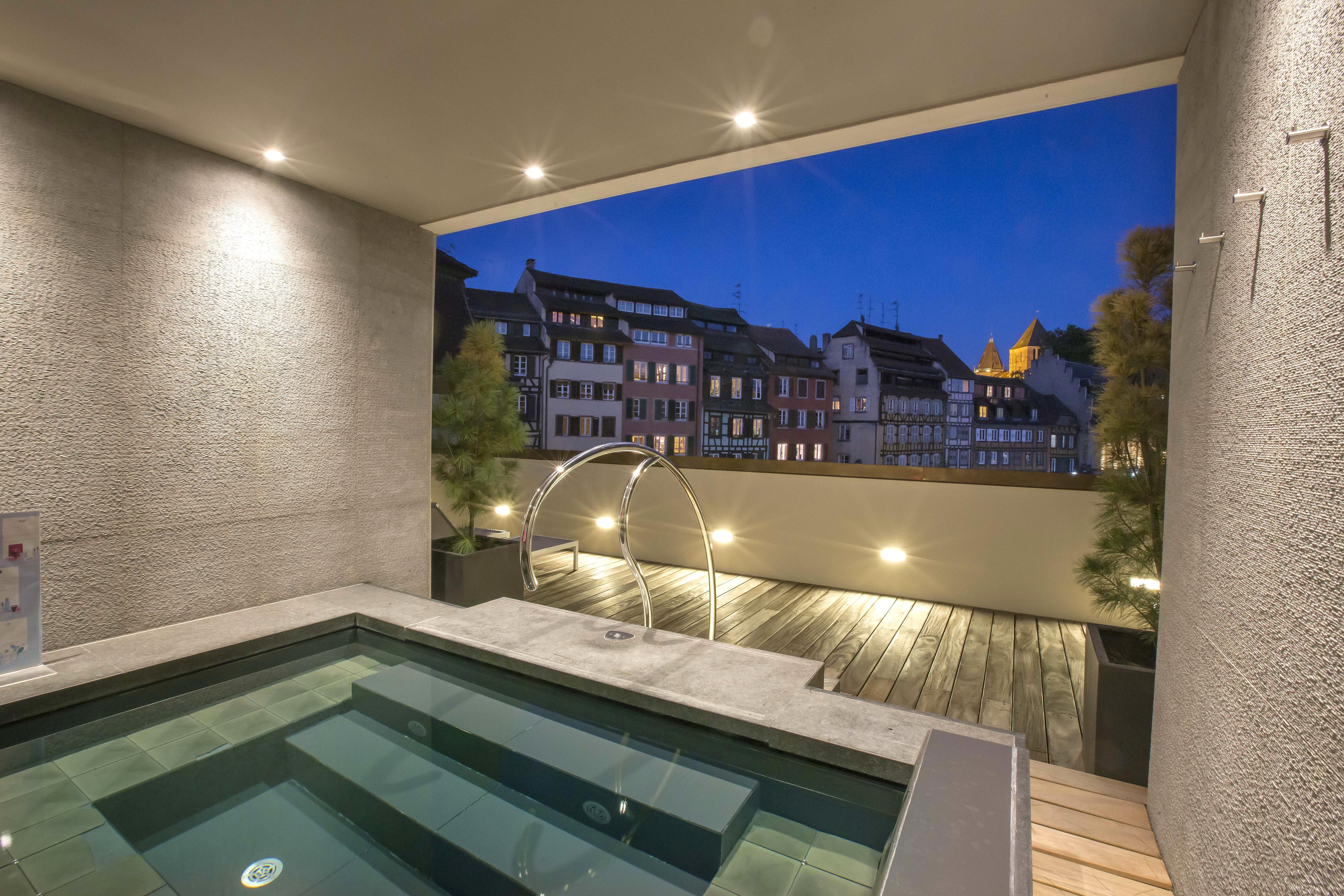 Hotel Jacuzzi Privatif Paris Pas Cher Latest Cool Chambre concernant Spa Privatif Strasbourg