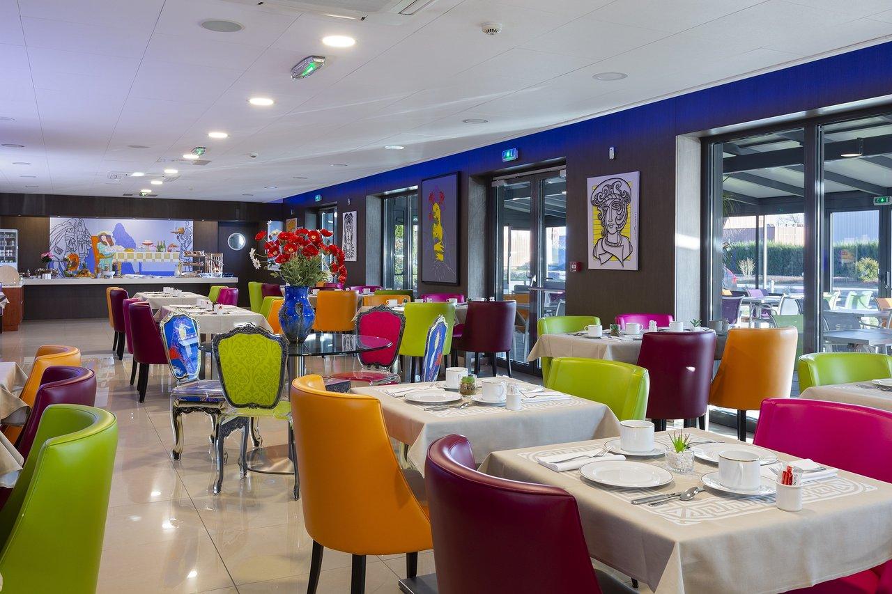 Hotel Roi Soleil Prestige: Bewertungen, Fotos avec Chambre Des Métiers Colmar