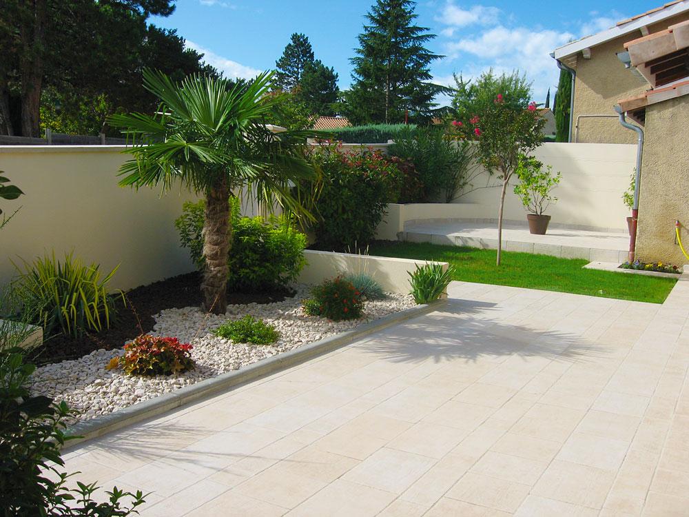 Remarquable Idee Jardin Graviers Galets Decoratifs dedans Idee Deco Jardin OS-63