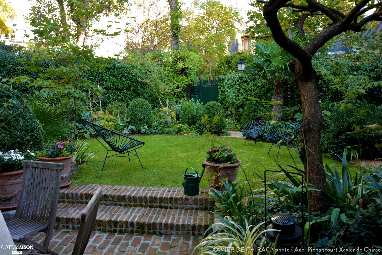 Jardin En Ville, Xavier De Chirac - Côté Maison Projets concernant Petit Cabanon De Jardin