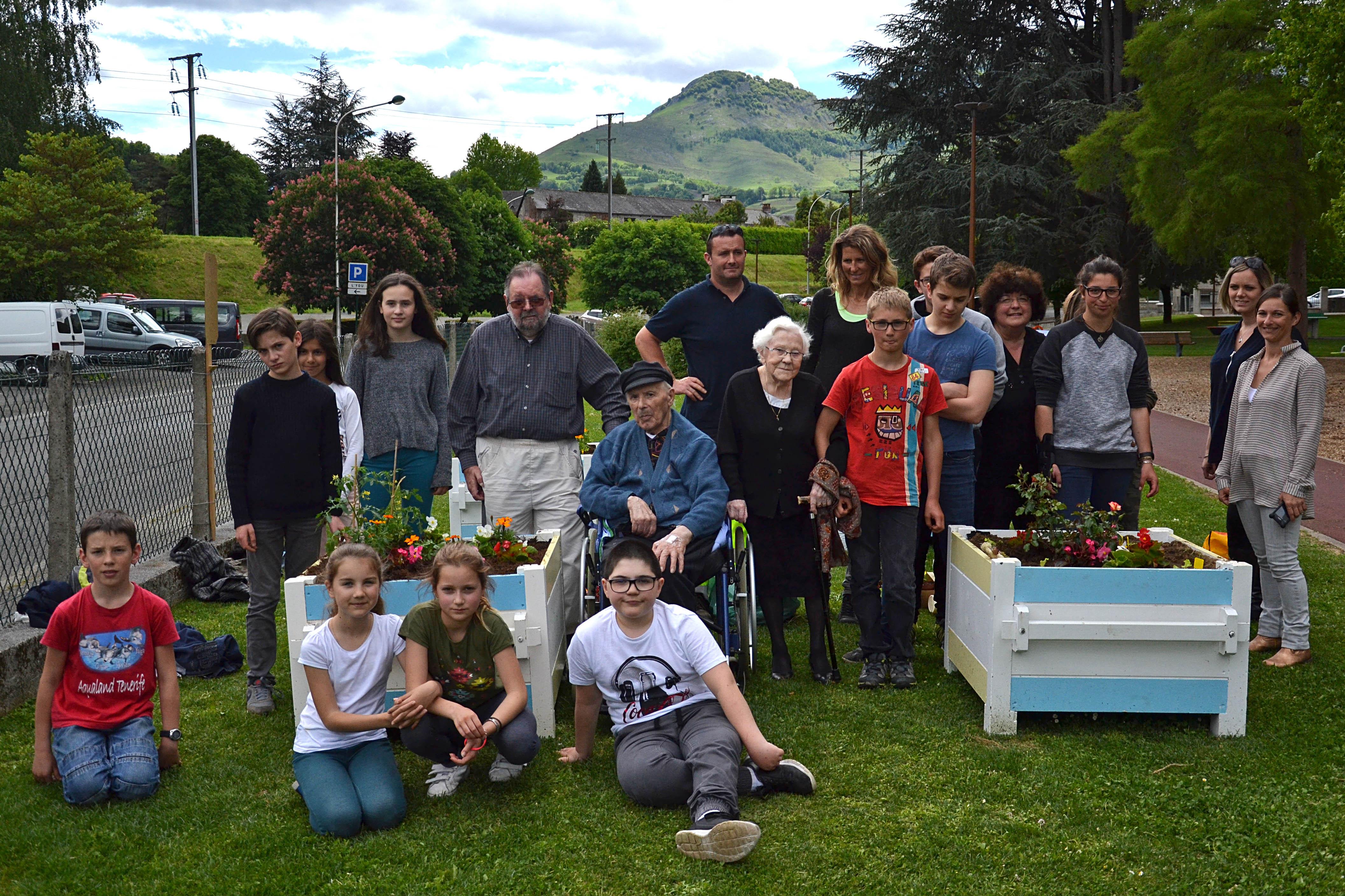 Jardin Participatif Au Jardin De L'You - Ville De Lourdes encequiconcerne Les Jardins De Lourdes