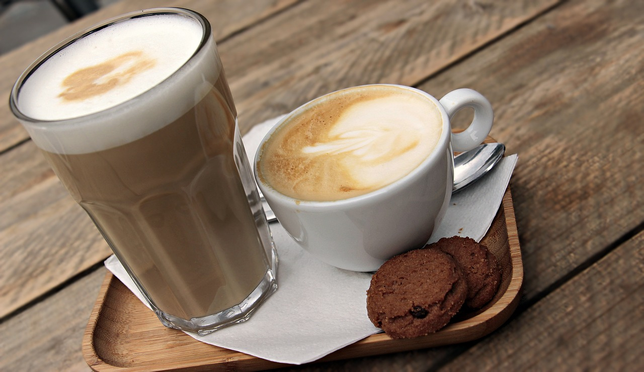 """Latte Vs Mocha - What'S The Difference Of 2 Common Coffee? tout Cappuccino"""""""