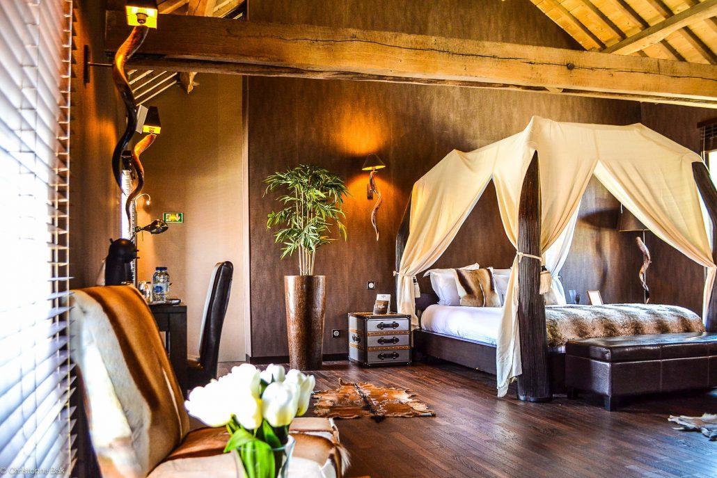 Le Clos Des Vignes • Suite Lodge • Chambre Romantique Avec pour Chambre D Hotel Avec Jacuzzi Privé
