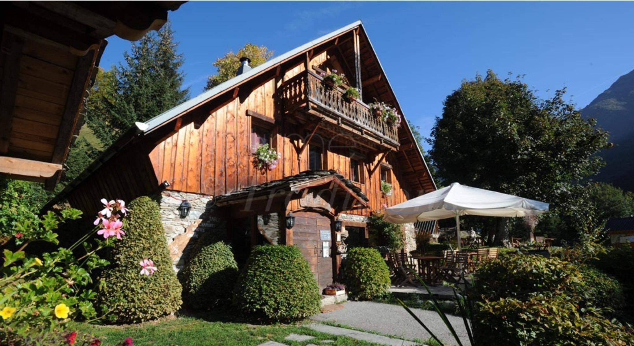 Le Relais Du Lac Noir : Chambre D'Hote Montsapey, Savoie concernant Chambre D Hote Severac Le Chateau