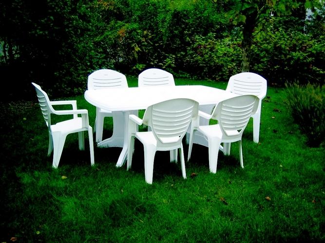 Leclerc Table Jardin Plastique serapportantà Table De Jardin Leclerc