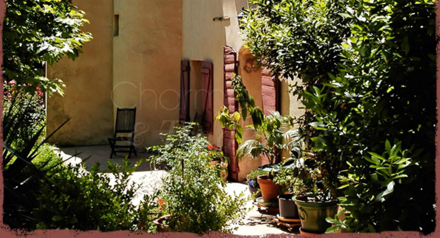 Les Arnauds : Chambre D'Hote Aix-En-Provence, Bouches-Du-Rhône intérieur Chambre D Hotes Aix En Provence