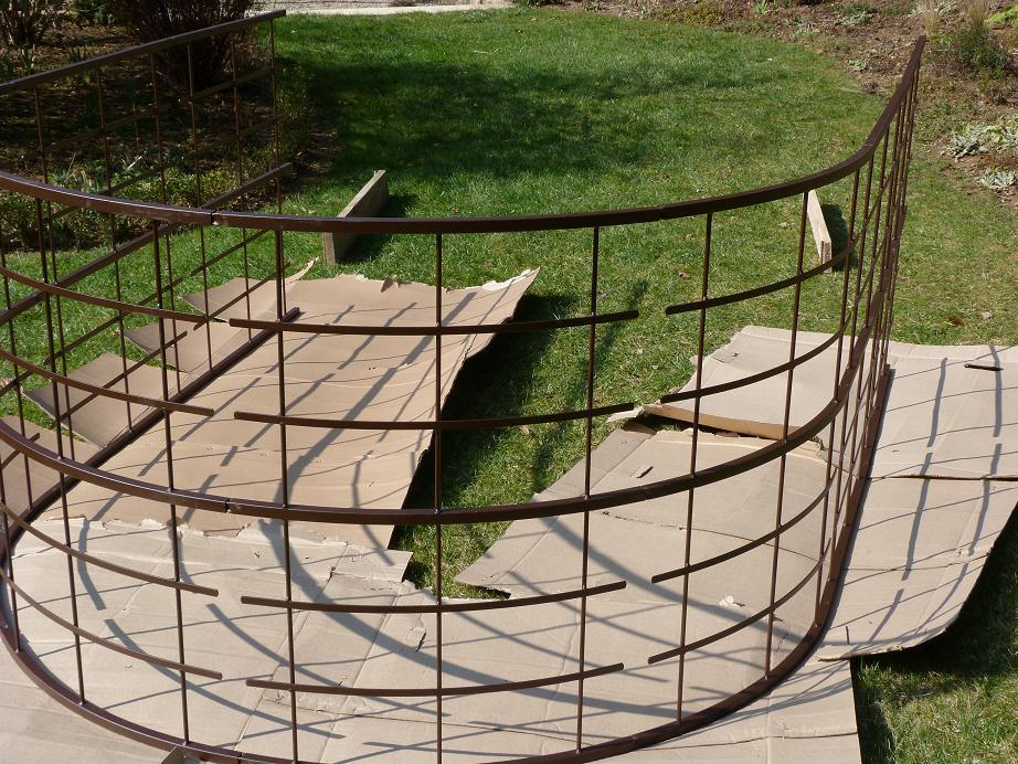 Les Pins Noirs: Un Arceau Taille Xxl Pour Accompagner Les concernant Arceau Jardin
