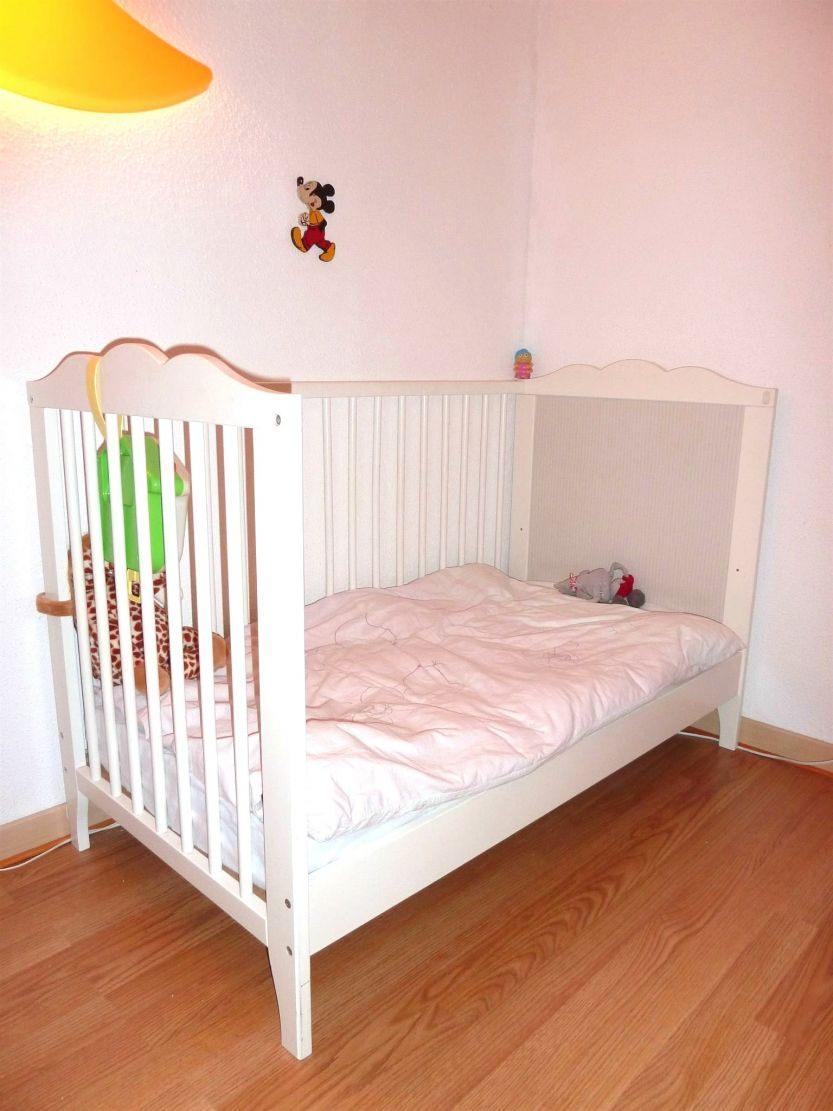 Lit Bébé Scandinave Douce Chambre Bebe Image Chambre Bébé concernant Rideau Occultant Chambre Bébé